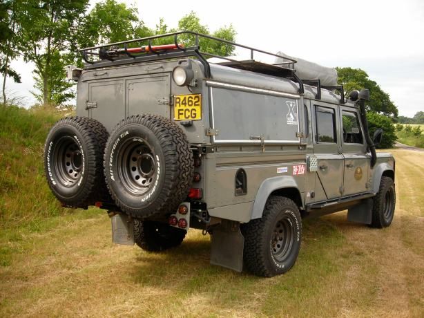 Land Rover expedition/overland truck