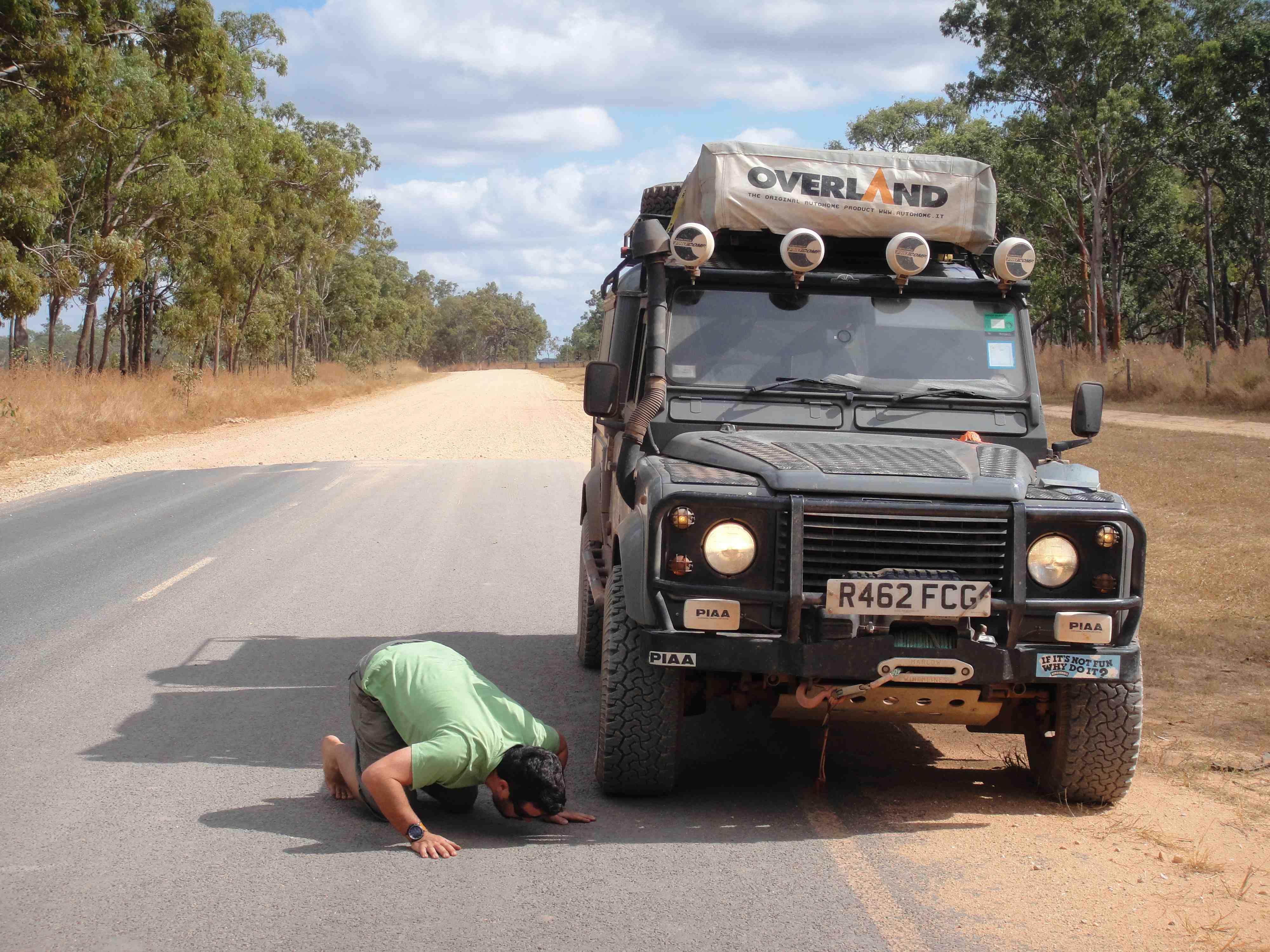 Land Rover Defender 130 Overland